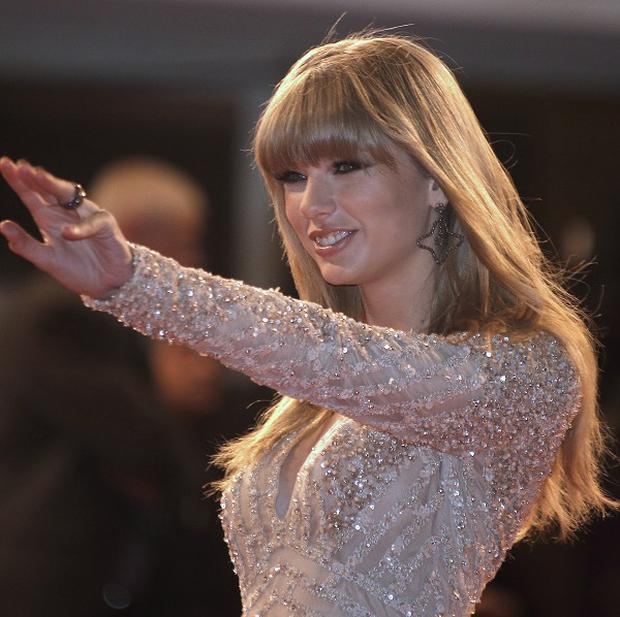 Taylor Swift performed at the NRJ awards