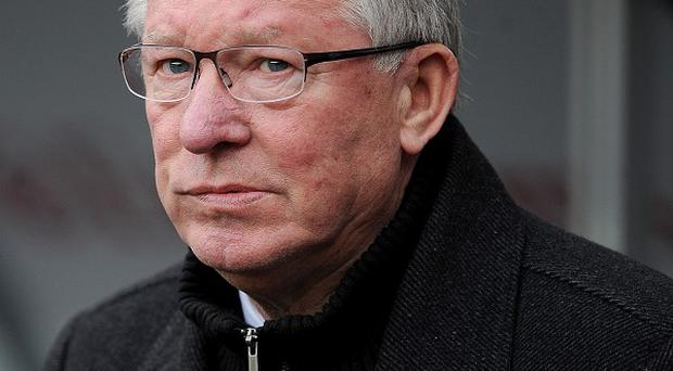 Sir Alex Ferguson insists Manchester United must keep their eyes on the prize