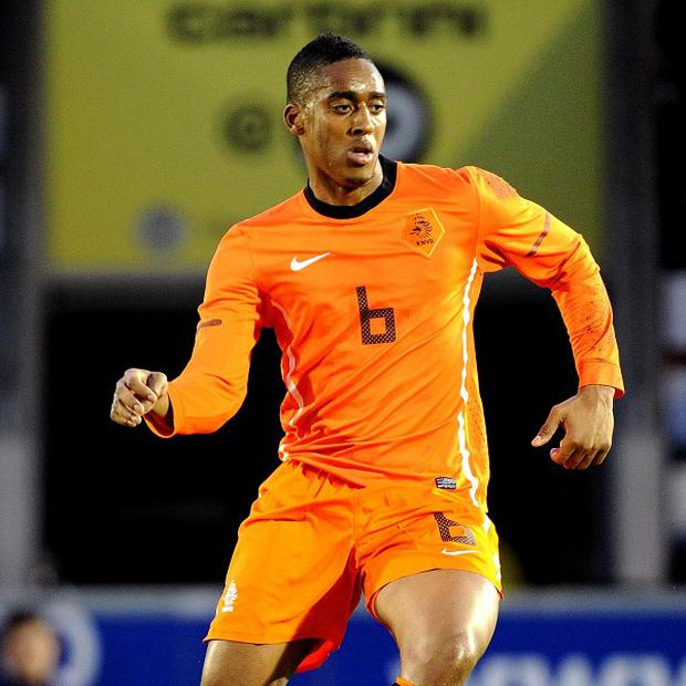 Leroy Fer's switch to Everton has hit a snag and will not go through