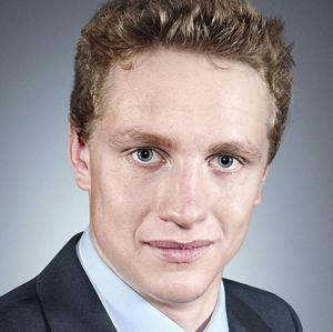 Apprentice candidate Raleigh Addington has quit the show to be with his injured brother