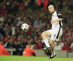 <b>Jaap Stam v Alex Ferguson</b><br/> Alex Ferguson doesn't suffer fools, and as such, makes another appearance on our list. This time it was the turn of Dutchman Jaap Stam to feel Fergie's ire. The defender was sold to Lazio in 2001 after alleging in his autobiography Head to Head that Ferguson had approached him about joining United without the permission of his previous club, PSV Eindhoven. He also made some unflattering comments about his team-mates. This falling out was one of the few Ferguson regretted, admitting, years later, that he had made a mistake.
