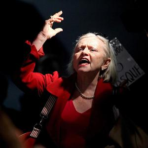 Linda Setlech of New York yells out in opposition to build a mosque near Ground Zero in Lower Manhattan (AP)