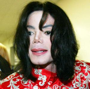 Singer Michael Jackson leaves Capitol Hill after a meeting with Rep. Sheila Jackson Lee (D-TX) March 31, 2004 in Washington, DC. Jackson was on Capitol Hill to meet with African-American lawmakers and offer his support on the fight against AIDS and help for African children.