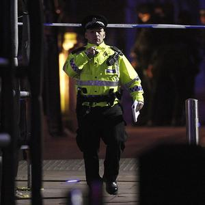 The scene in Glasgow city centre after police evacuated the Amarone restaurant