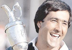 Seve Ballesteros with the claret jug after winning the 1984 Open