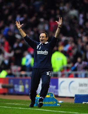 SUNDERLAND, ENGLAND - DECEMBER 11:  New Sundeland manager Martin O' Neill reacts after Sunderland score their second goal during the Barclays premier league game between Sunderland and Blackburn Rovers at Stadium of Light on December 11, 2011 in Sunderland, England.  (Photo by Stu Forster/Getty Images)