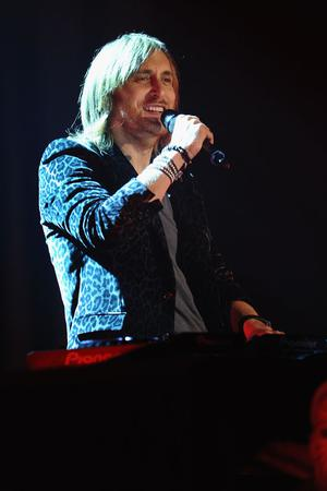 BELFAST, NORTHERN IRELAND - NOVEMBER 06:  David Guetta performs onstage during the MTV Europe Music Awards 2011 live show at the Odyssey Arena on November 6, 2011 in Belfast, Northern Ireland.  (Photo by Ian Gavan/Getty Images)