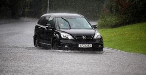 27.06.12. PICTURE BY DAVID FITZGERALDFlooding in Trossachs Drive, Belfast last night.