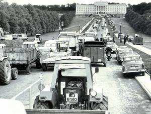 Farmers protest march to Stormont. Ulster Workers Council Strike, May 1974