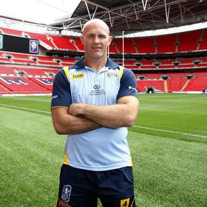 Leeds Rhinos stalwart Keith Senior has been training with the city's union side