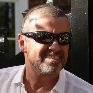 George Michael started smoking again while in prison