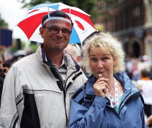 12.07.11. PICTURE BY DAVID FITZGERALDTourism voxpop at the 12th of July celebrations in Belfast City Centre. Torsten Linde pictured with his wife