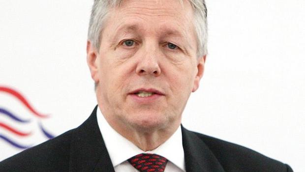 Peter Robinson wants to attract more Catholics to the DUP