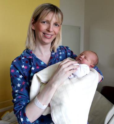 07.11.12. PICTURE BY DAVID FITZGERALD Newborn babies at the Ulster Hospital. Charlotte Timoney with baby Sophia Anne