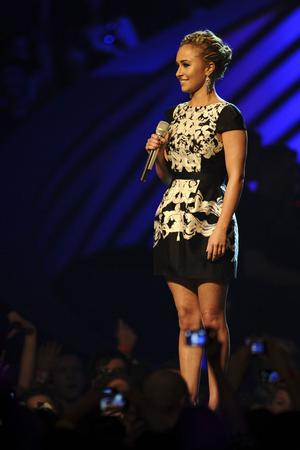 BELFAST, NORTHERN IRELAND - NOVEMBER 06: Actress Hayden Panettiere appears onstage during the MTV Europe Music Awards 2010 live show at at the Odyssey Arena on November 6, 2011 in Belfast, Northern Ireland.  (Photo by Ian Gavan/Getty Images)