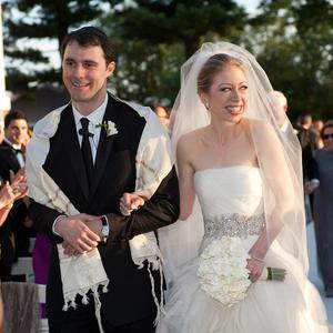 Chelsea Clinton and Marc Mezvinsky during their wedding (AP)