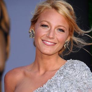 Blake Lively is rumoured to be dating Ryan Reynolds