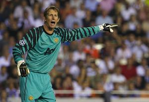 Edwin Van der Sar of Manchester United reacts during the UEFA Champions League group C match between Valencia and Manchester United on September 29, 2010 in Valencia, Spain