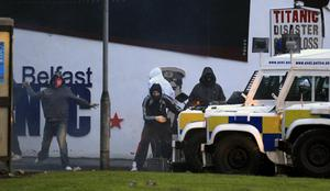Loyalist rioters attack police vehicles in east Belfast last night