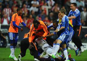 MUNICH, GERMANY - MAY 19:  Chelsea players celebrate the winning penalty during UEFA Champions League Final between FC Bayern Muenchen and Chelsea at the Fussball Arena München on May 19, 2012 in Munich, Germany.  (Photo by Mike Hewitt/Getty Images)