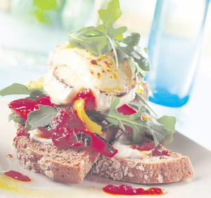 Soda bruschetta of roasted peppers, rocket and grilled goats' cheese