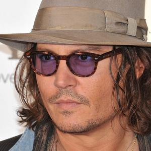 Johnny Depp tried to help a couple resolve their differences