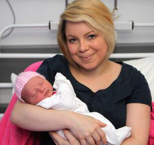 "Stacey McLaughlin with little Tiana  <p><b>To send us your Baby Pics <a href=""http://www.belfasttelegraph.co.uk/usersubmission/the-belfast-telegraph-wants-to-hear-from-you-13927437.html"" title=""Click here to send your pics to Belfast Telegraph"">Click here</a> </a></p></b>"