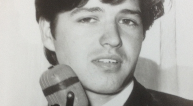 Ivan Vaughan as singer Simon Scott in the 1960s
