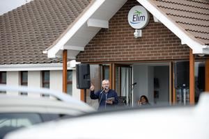 Dozens of parishioners at a Co Antrim church have joined together for the first time in weeks after the reopening of its drive-in service