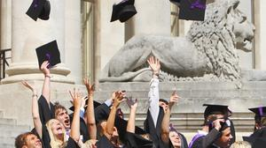 The disadvantaged are still less likely to go to university, research suggests