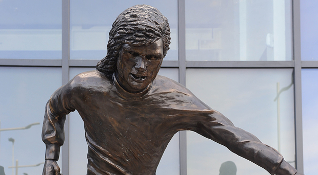 The new statue of George Best