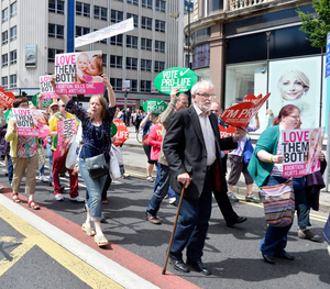Pro-life campaigners on the streets of Belfast have the backing of Ian Paisley