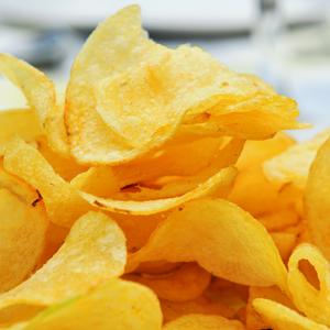 One-third of parents still give their children crisps as a snack