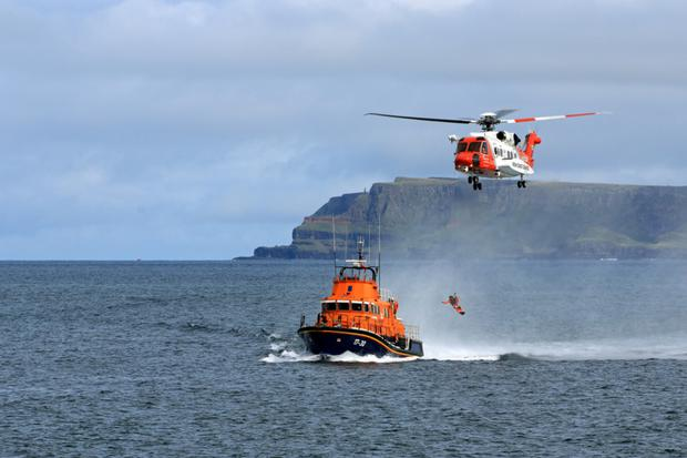 Photos of Red Arrows and RNLI rescue demonstration taken by Donna Rowley