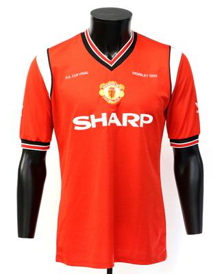 Whiteside's Manchester United 1985 FA Cup Final shirt: Estimate £4000-6000
