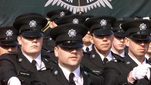 A recruitment drive for the PSNI was cancelled after a viable device was found at the venue
