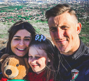 Glentoran's Marcus Kane, his wife Aimee and daughter Mollie climbed Cave Hill as part of the #HikeForHarrie campaign. Mollie is holding the teddy bear she named after her wee brother, Harrie