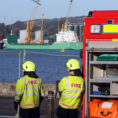 Eight crew and a dockworker were decontaminated after being exposed to leaking gas while a cargo of grain was unloaded from the Arklow Meadow, in Warrenpoint Harbour, Co.Down, a report into the incident last December has revealed