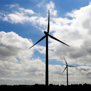 People living near wind farms could get money off their bills under an RES scheme