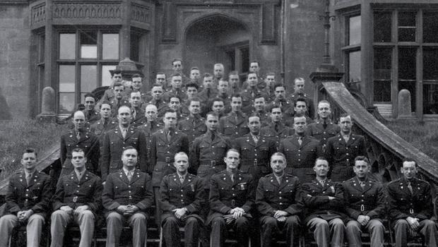 American troops outside Brownlow House
