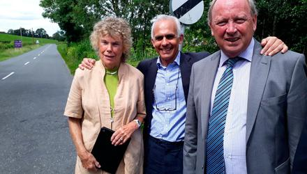 Address: Kate Hoey, then Labour MP, and Ben Habib, then Brexit Party MEP, during a 2019 visit to the Republic side of the Monaghan-Fermanagh border