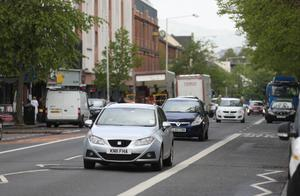 Traffic on Belfast' Ormeau Road