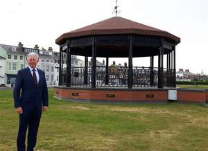Derek Lindars at the Deal Memorial Bandstand
