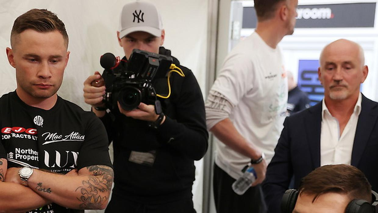 Carl Frampton pictured next to former manager Barry McGuigan for first time since court battle