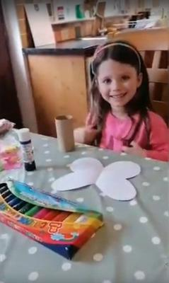 Thea McArdle demonstrates how to make art from toilet rolls