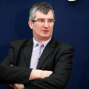 Ulster Unionist leader Tom Elliott called on police to reopen their investigations into the IRA murders of two soldiers