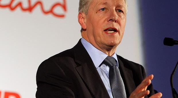 Peter Robinson has said he wants to meet with Jenny Palmer and Stephen Brimstone