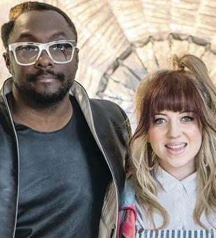 Leah McFall with mentor will.i.am on The Voice