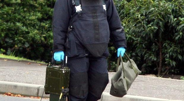 Army bomb disposal teams were called to Kilburn Street in south Belfast after the discovery of a suspicious object