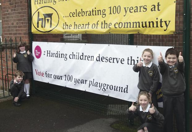 Harding Memorial pupils need your votes